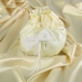 Сумочка невесты с жемчугом, цвет айвори
